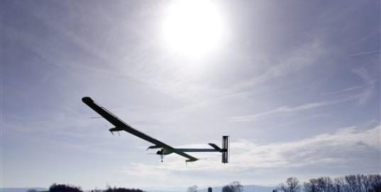 Primer vuelo de Solar Impulse