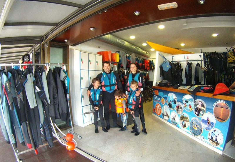 Todo listo para la aventura en kayak