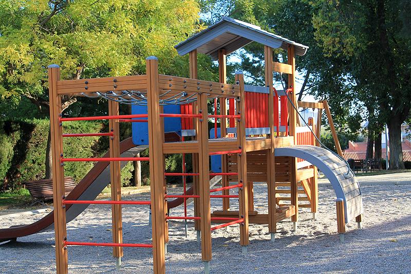 Parques para disfrutar en familia en barcelona viajares for Parques de barcelona