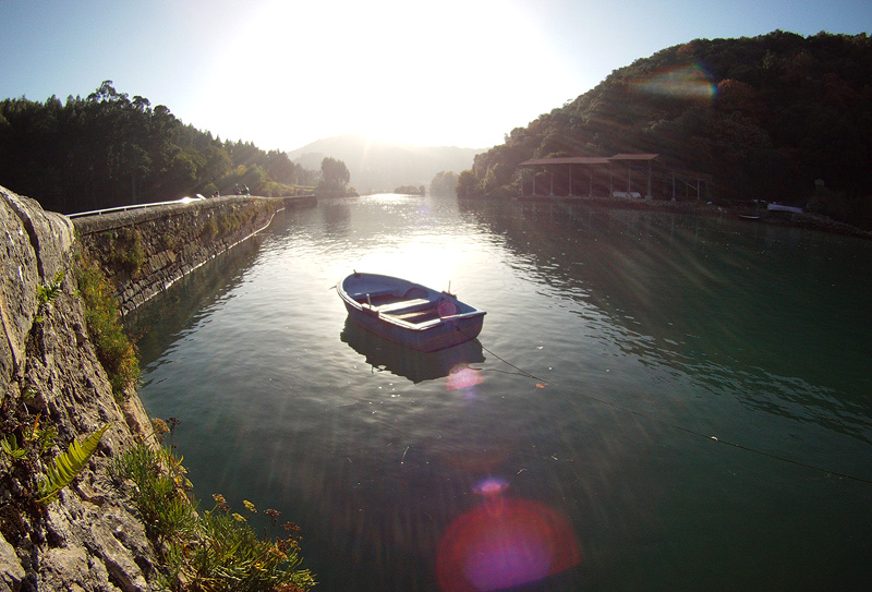 Río Lea cerce del molino de Marierrota