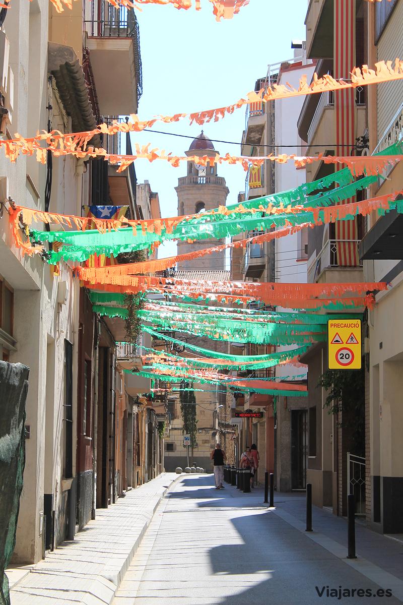 Una de las calles del centro de Calella