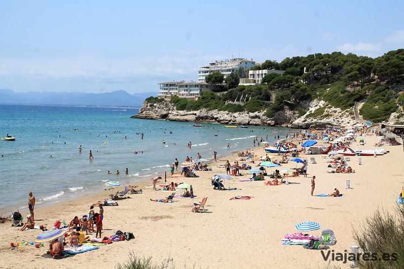 Playa de Salou enfrente del club - Costa Daurada