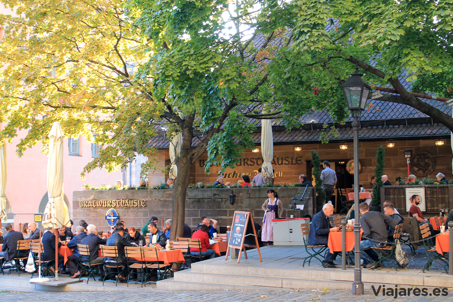 Exterior del restaurante Bratwursthausle