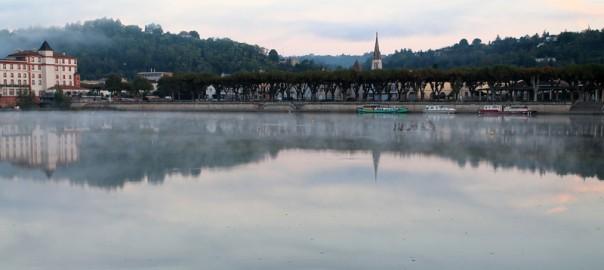 francia-midi-pyrenees-moissac-amanecer-destacado-viajares