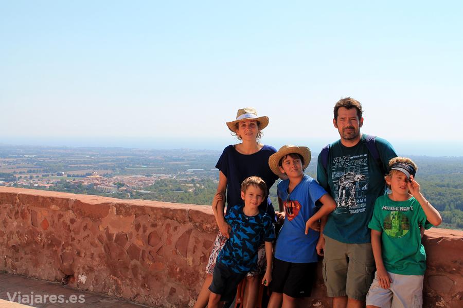 Excursión en familia a Ermita de la Mare de Déu de la Roca