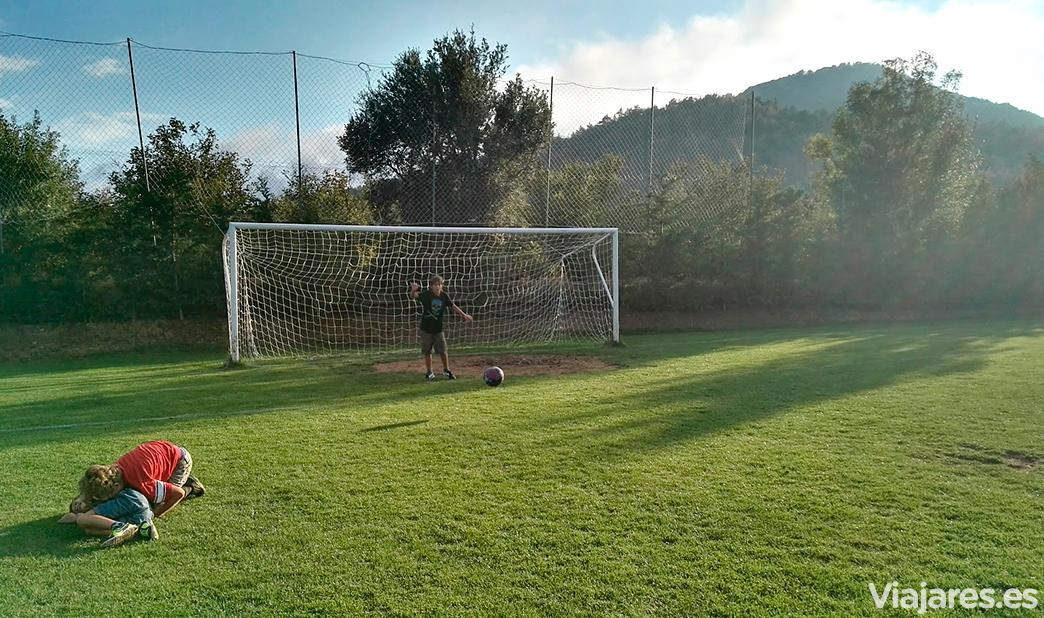 Juegos y diversión al aire libre en Camping Prades Park