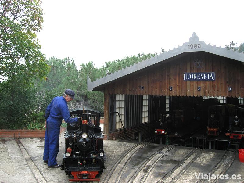 Instalaciones del ferrocarril en el Parque de l'Oreneta
