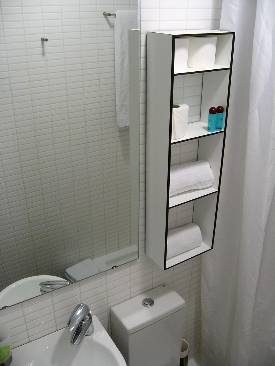 Detalle del baño en la habitación en alojamiento Melon District