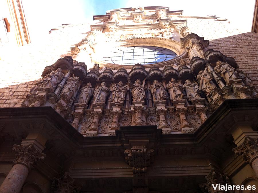 Fachada de la Basílica de Montserrat