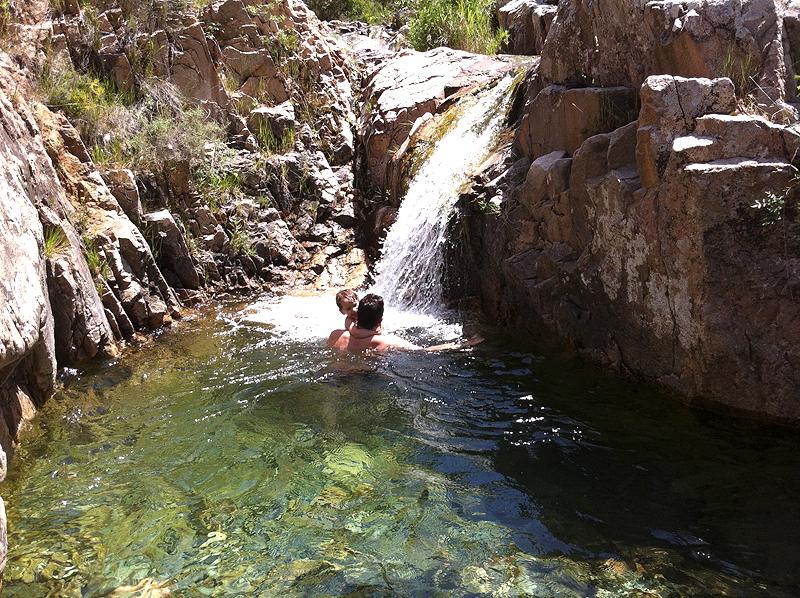 Un baño perfecto con cascada