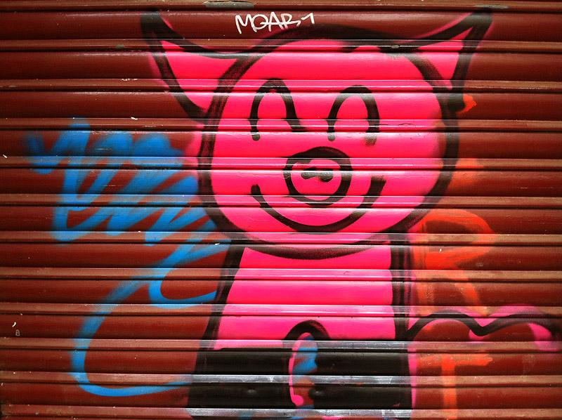 Un cerdo rollizo y burlón