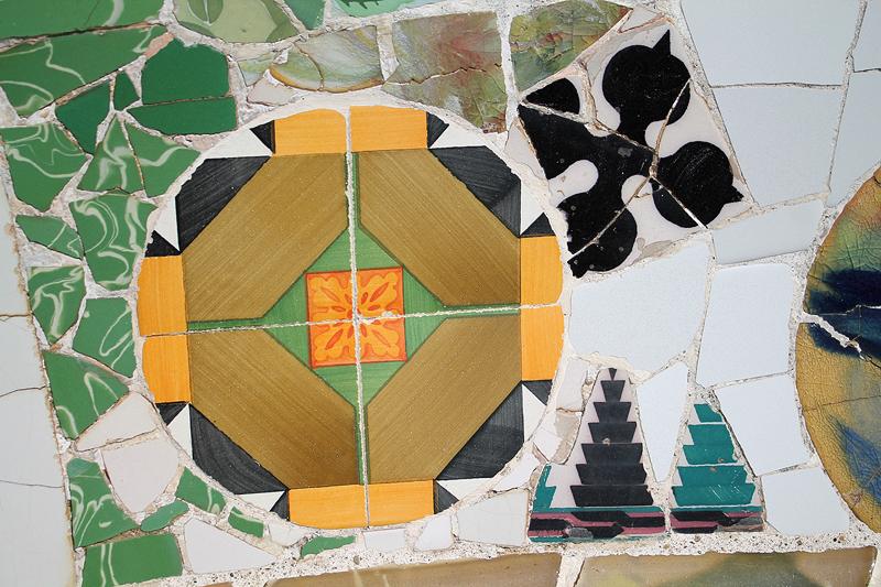 Composición de azulejos en el Park Güell