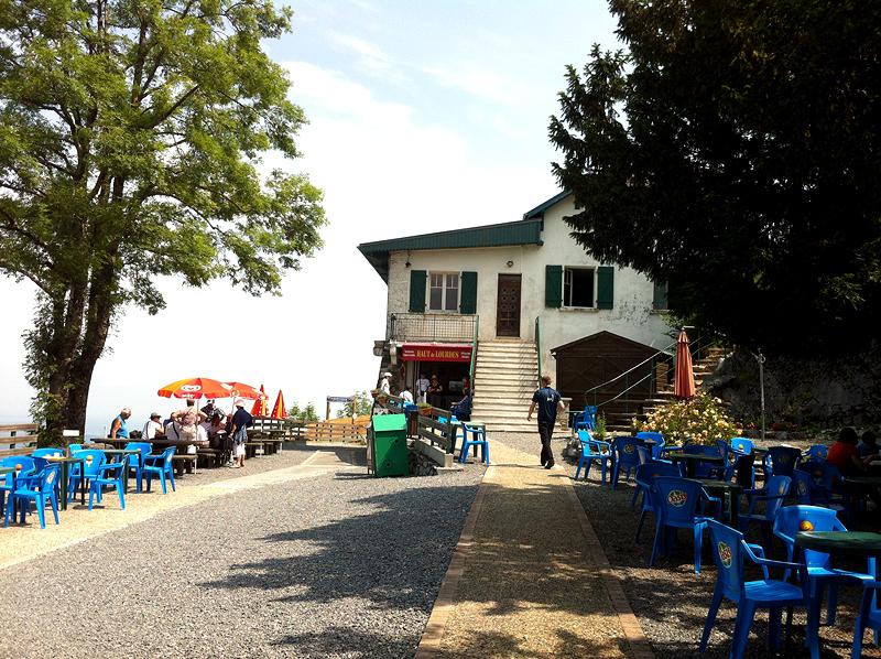 Restaurante en lo alto del Pic du Jer