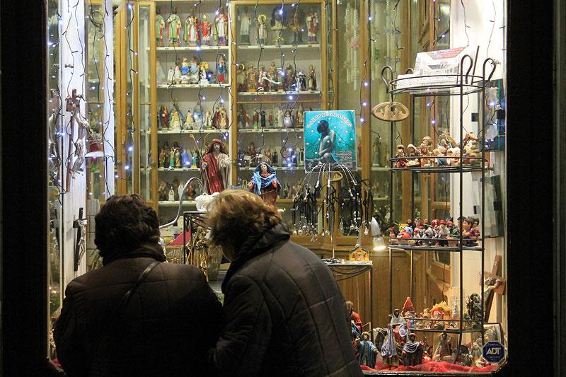Un escaparate que llama al espíritu navideño