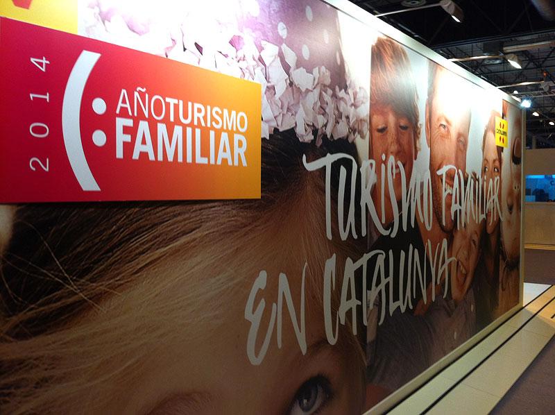 Stand de la Agència Catalana de Turisme y su año del turismo familiar
