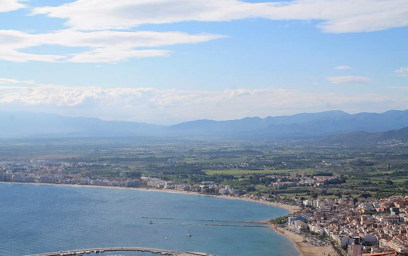 Panorama de la Bahía de Roses