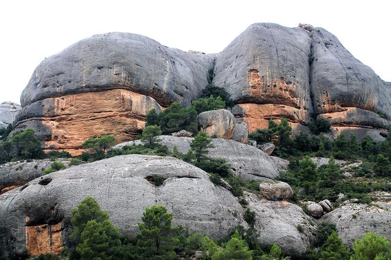 formaciones rocosas de la Serra de la Llena