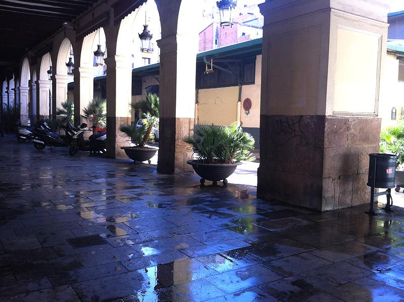 mercado-sant-andreu-exterior