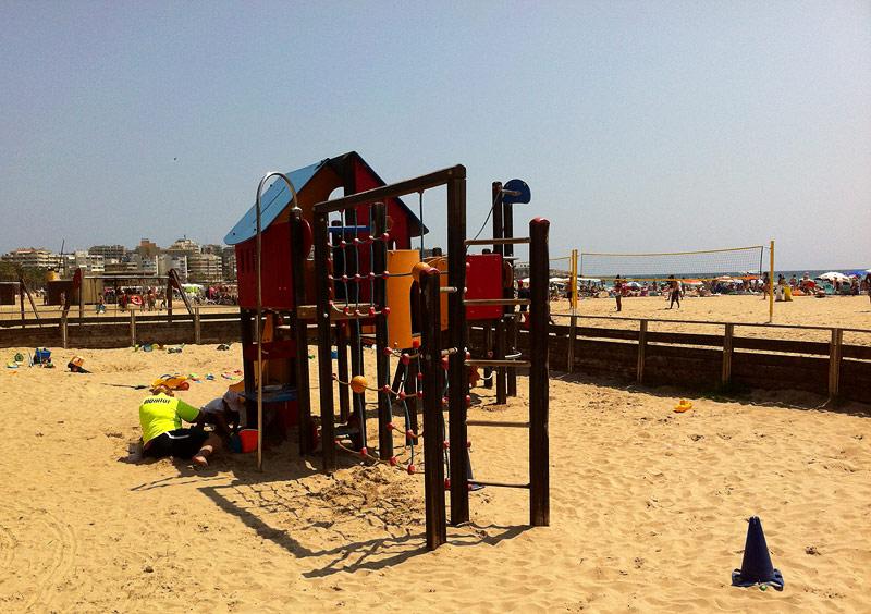 Club infantil en la playa de Llevant, Salou