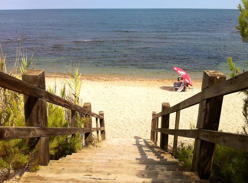 Acceso a la playa de Santa Llúcia