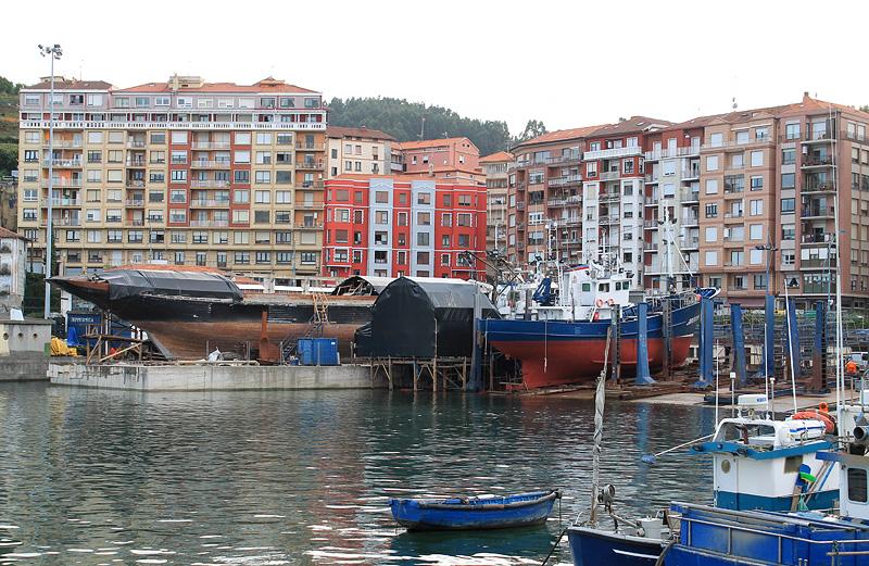 Barcos en dique seco, Bermeo
