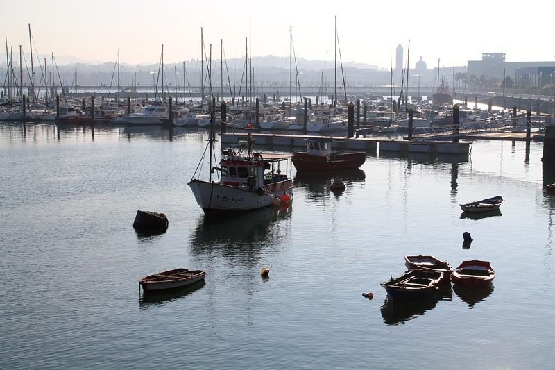 Puerto de Santurtzi - Bizkaia Costa Vasca