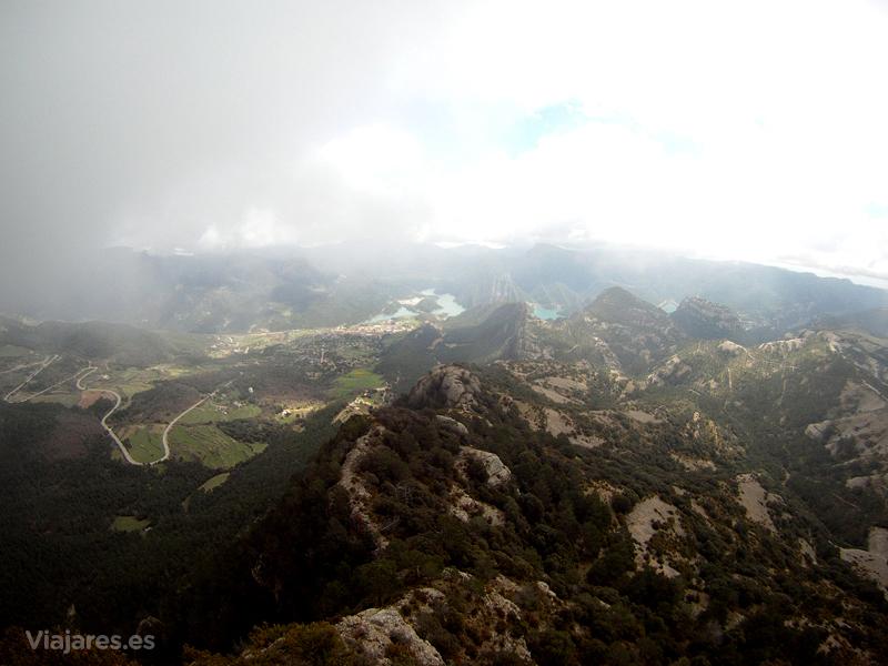 Desde el Mirador del Codó y rodeados de nubes