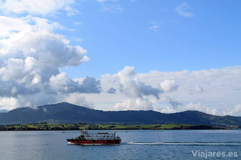 barco-bahia-santander-cantabria-con-ninos