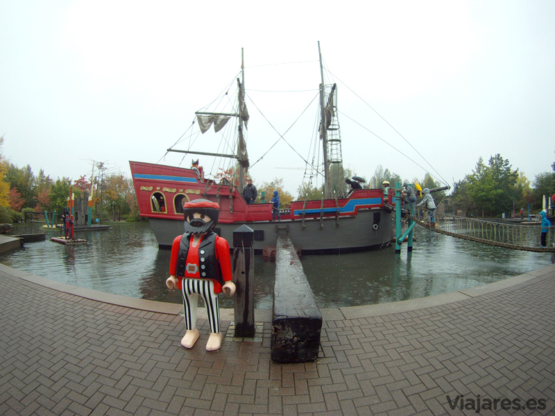 El archiconocido barco pirata de Playmobil