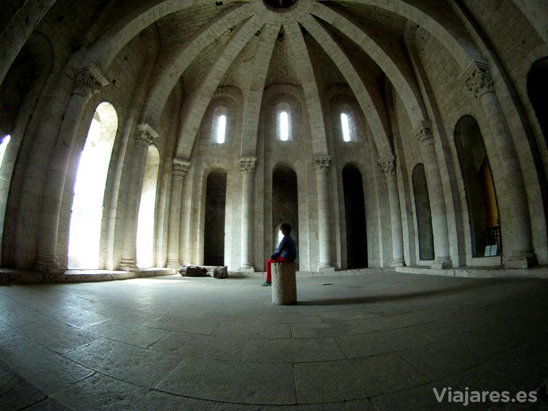Interior de la cúpula de la Iglesia de Saint Pierre