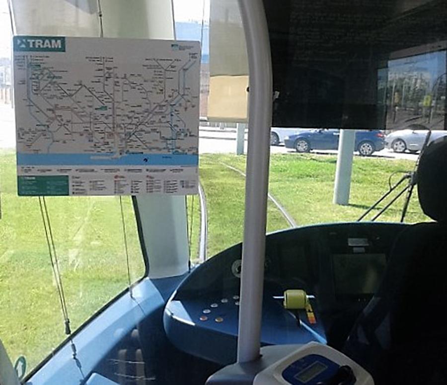 Cabina del conductor del Tram