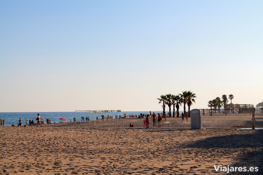 Playa de Calafell en la Costa Daurada de Cataluña