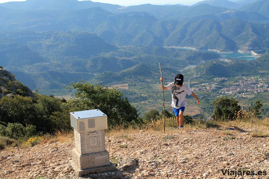 ¡A punto de coronar la cima! Roca Corbatera, Serra de Montsant