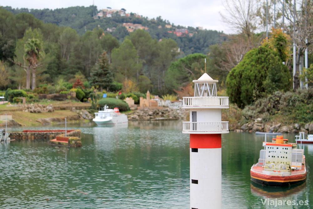 Faro de El Fangar, en el Delta del Ebro