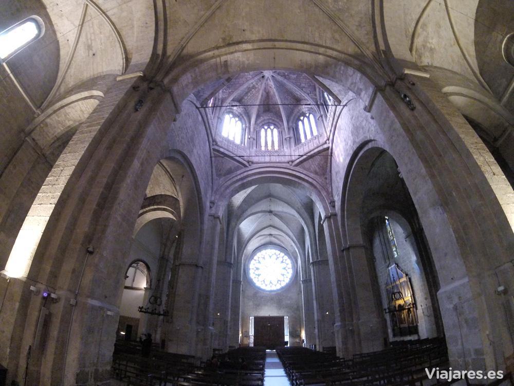 Interior de la iglesia del Monasterio de Sant Cugat