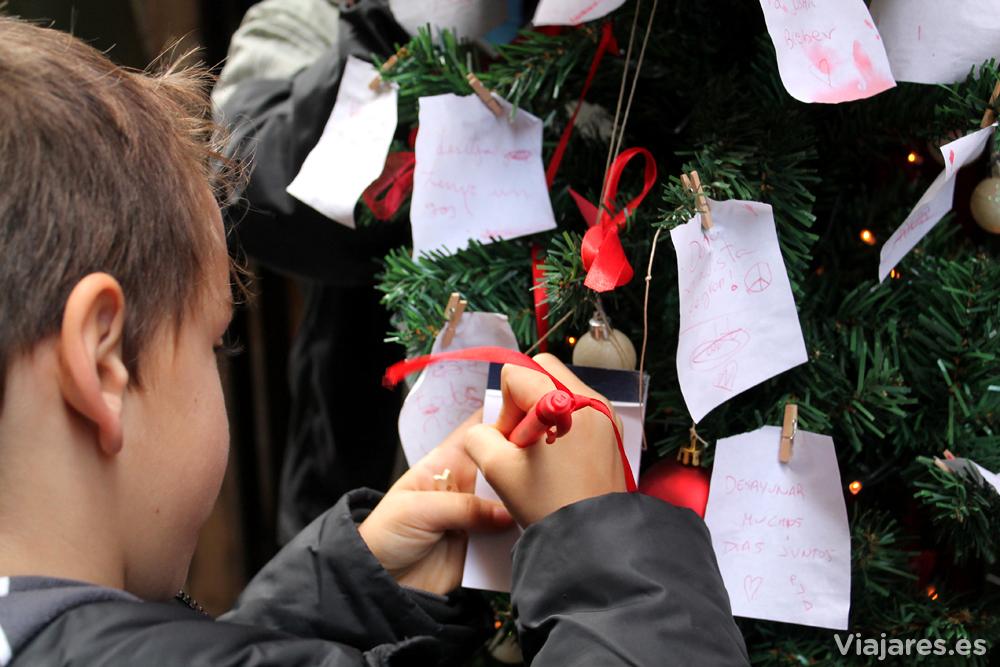 Dejando constancia de un deseo para la Navidad