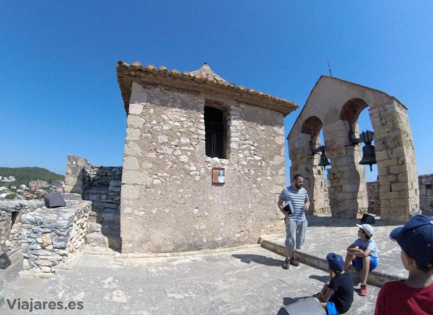 Parte superior de la Iglesia del Castillo de Calafell
