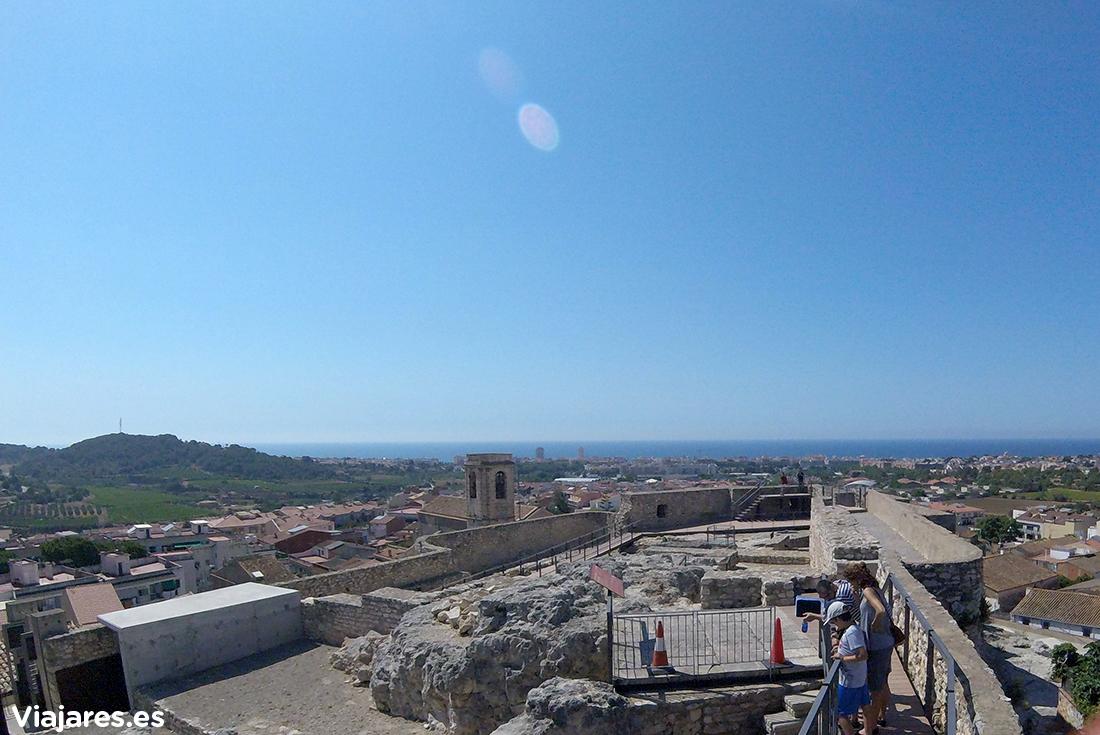 Desde el Castillo de Calafell se domina la línea de costa y el interior