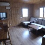 Interior de uno de os bungalows de Serra de Prades