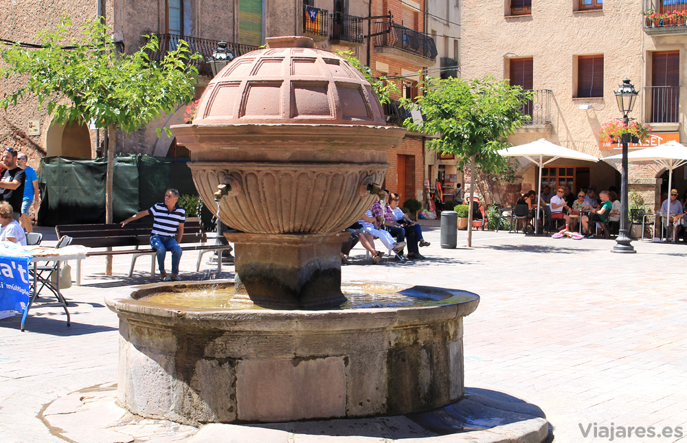 Fuente de la Plaza Mayor de Prades