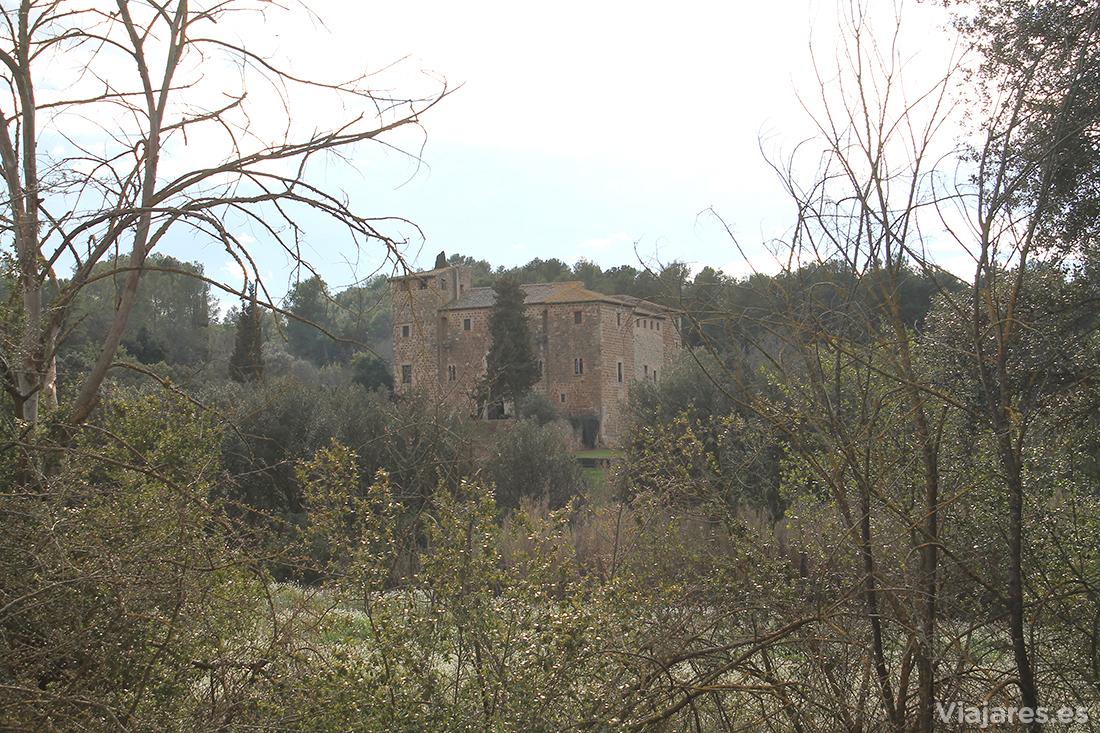 La masía fortaleza de Torre Negra