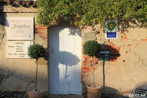 Puerta de entrada a la Maison de Josephine