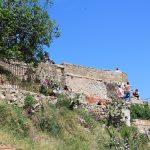 Se aprecian los restos de antiguas barracas