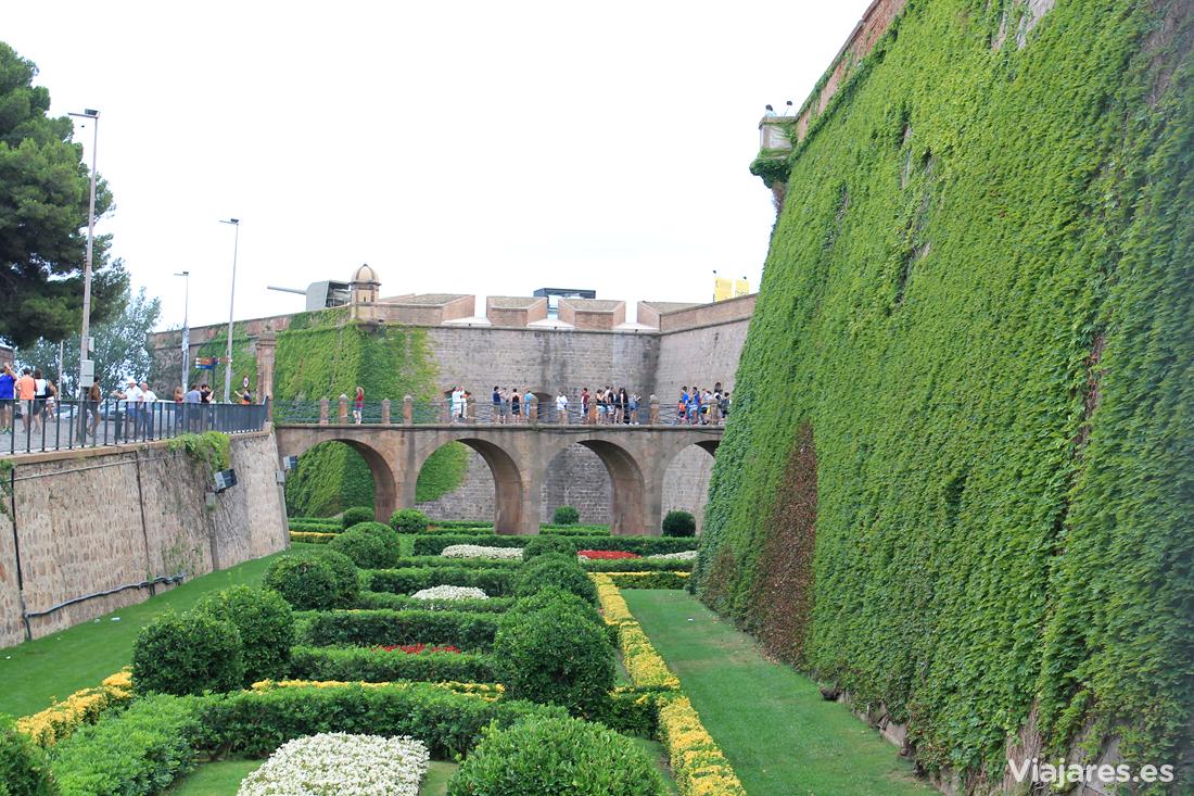 http://ajuntament.barcelona.cat/castelldemontjuic/es/el-castillo/historia