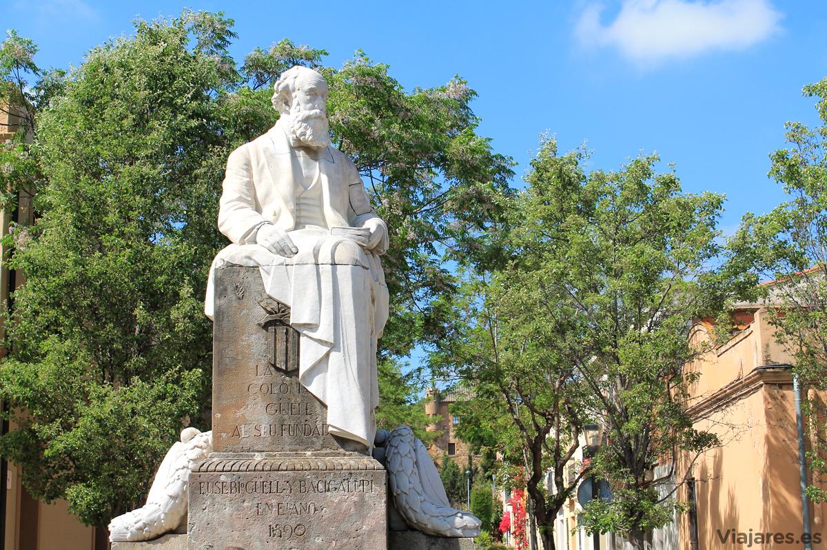 Escultura en homenaje a Eusebio Güell