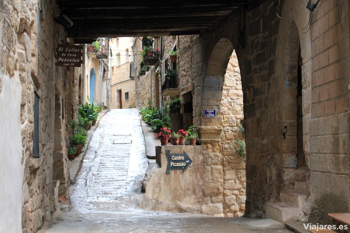 Callejuelas del centro de Horta de Sant Joan, Terra Alta