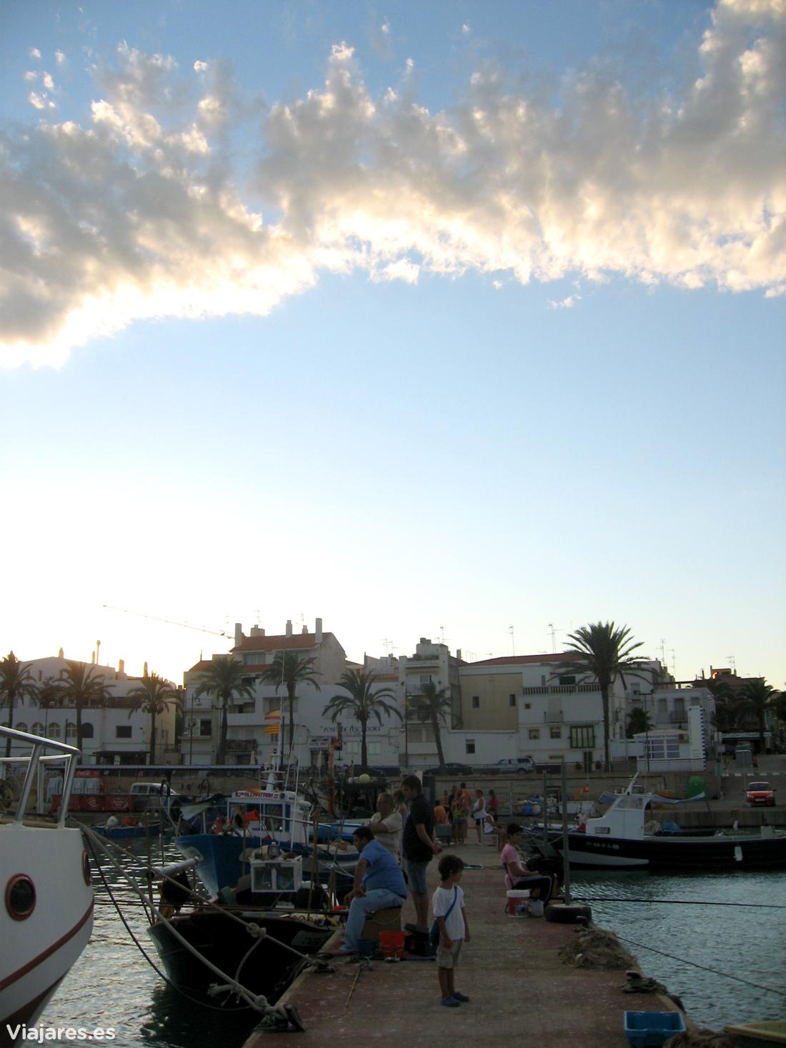 El puerto de las Cases d'Alcanar en el Delta del Ebro