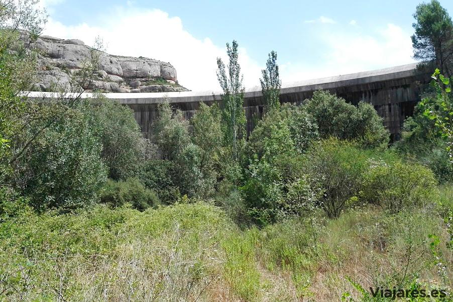 Parte inferior del muro de la presa