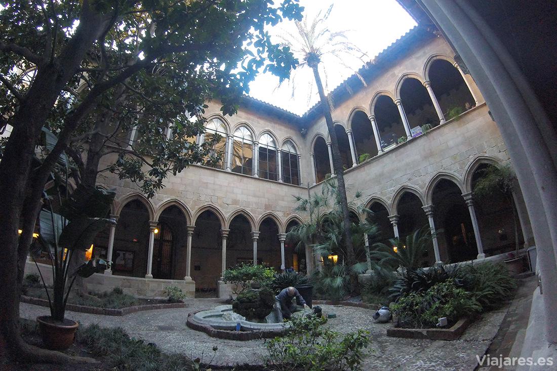 Jardines interiores del claustro