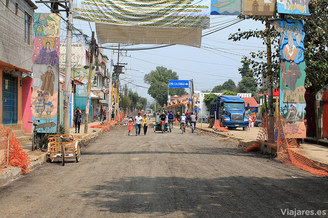 Calle en obras del embarcadero Catlongo